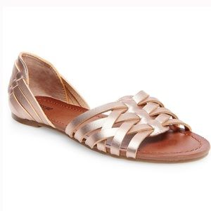 Mossimo Rose Gold sandals NWT